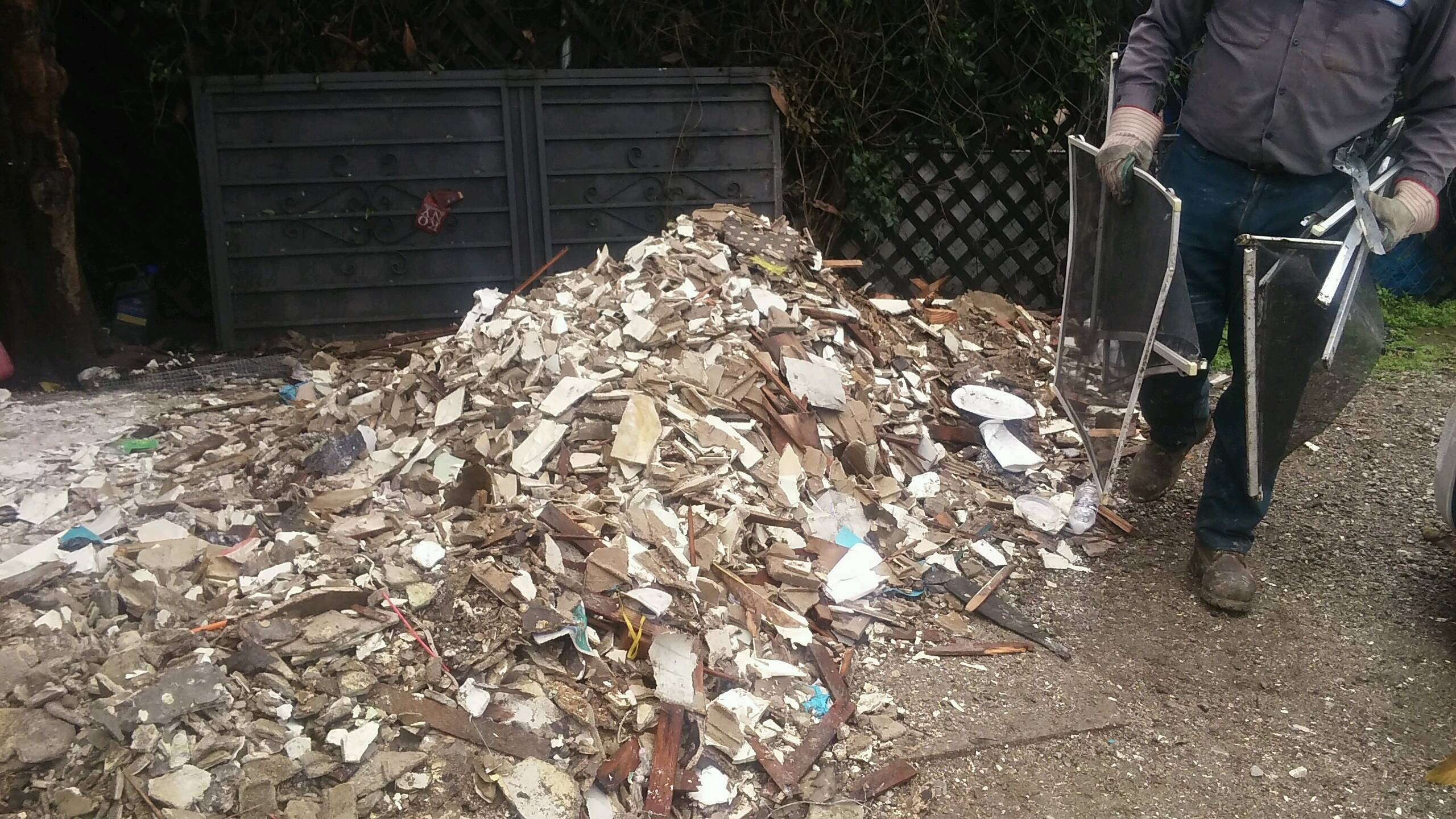 construction debris clean up Sandiego
